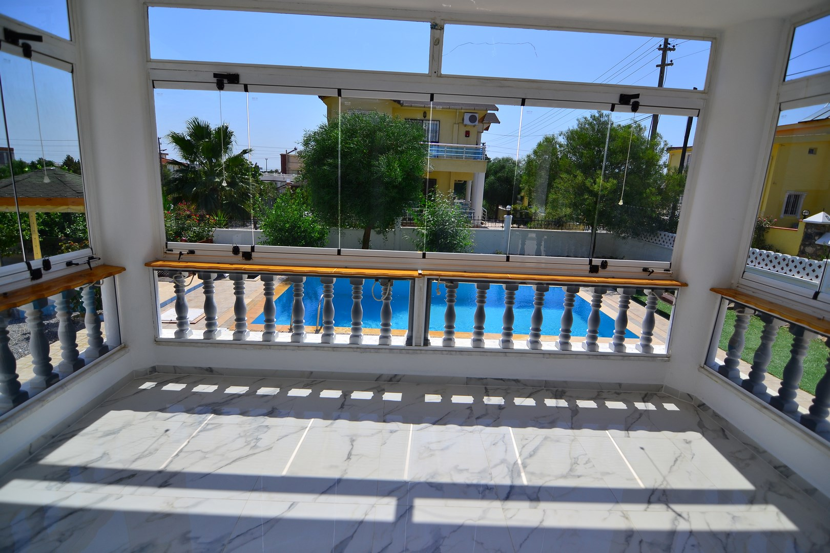 BARGAIN DETACHED VILLA WITH PRIVATE POOL IN GREENHILL (SOLD)