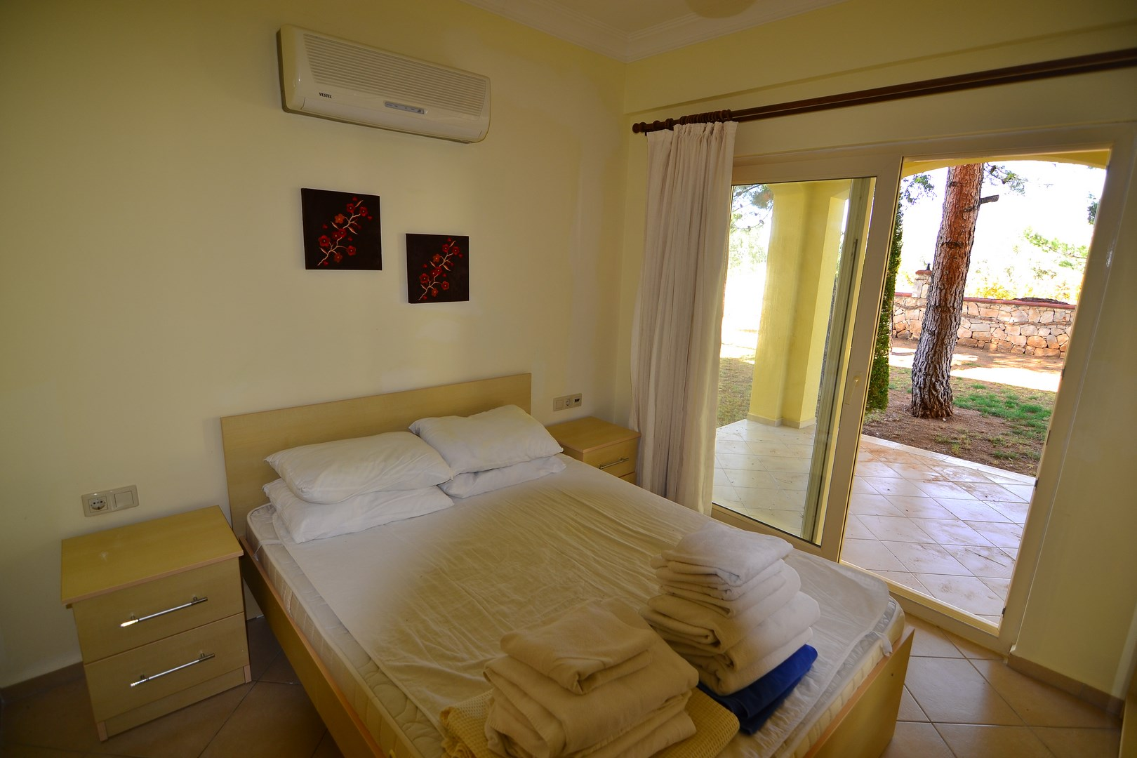 2 Bedroom apartment for sale in Beach front complex Apollonium