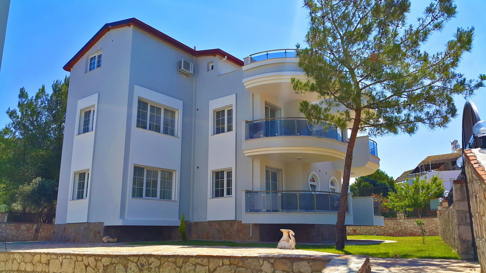 2 Bedroom apartment with swimming pool for sale in Akbuk Turkey (sold out)