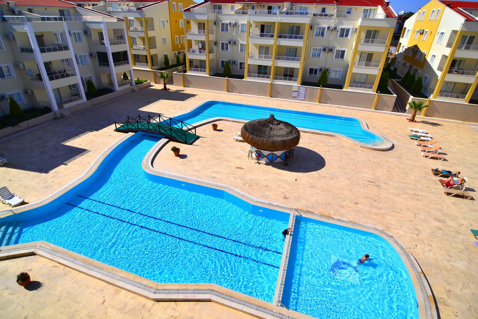 3 bedroom duplex apartment for sale in Didim Altinkum